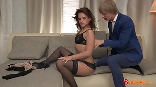 After sensually kissing the brush shine babe Emma Brown is ready for some carnal knowledge