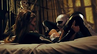 Halloween night culminates be advisable for lovers with lifelike sex