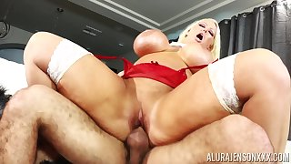 Blonde nympho pornstar Alura Jenson loves to get choked while pounded